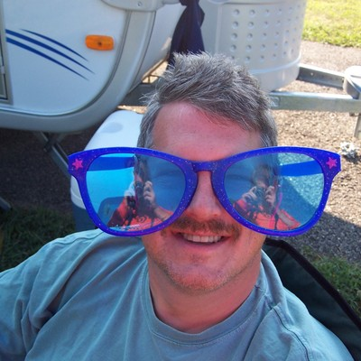 Profile alan glasses