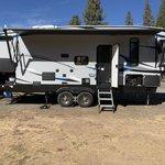 Yosemite lakes thousand trails
