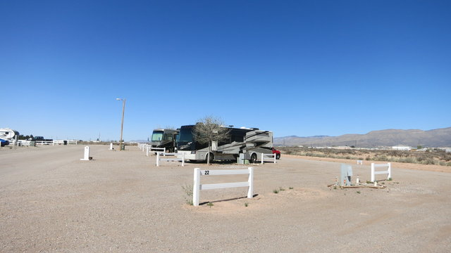 Desert paradise mobile home rv park