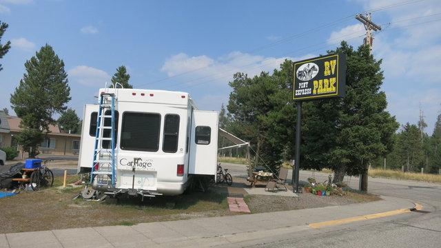 Pony express motel rv park