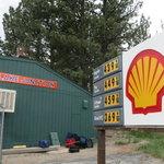 Shell gas station june lake ca