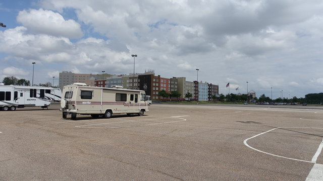 Hollywood casino tunica campground