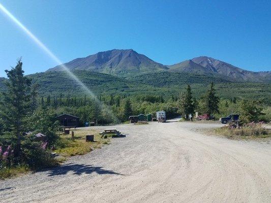 Dezadeash lake campground