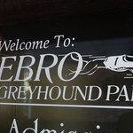 Ebro greyhound park poker room