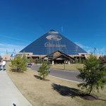Pyramid bass pro shop