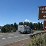 Topsy grade road