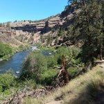 Steelhead falls trailhead campground