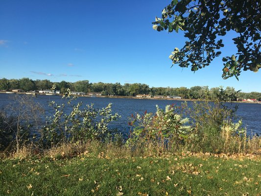 Illini State Park Reviews updated 2019 on illinois beach state park map, franklin creek state park map, weldon springs state park map, delaware state park map, kickapoo state park map, wisconsin state park map, giant city state park map, iowa state park map, buffalo rock state park map, lowden state park map, northwest state park map, walnut point state park map, abraham lincoln state park map, argyle lake state park map, moraine view state park map, gebhard woods state park map, powhatan state park map, hennepin canal parkway state park map, fox ridge state park map, cave-in-rock state park map,